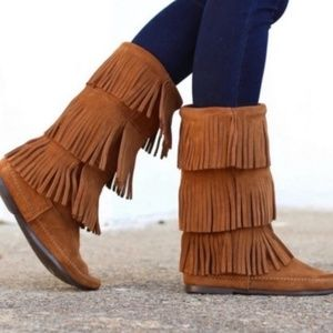 Minnetonka | 3 Layer Brown Suede Fringe Boot